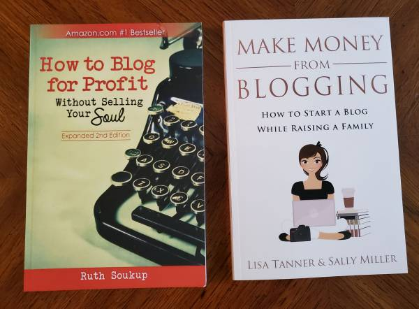 Photo LIKE NEW Blogging Books How to Blog for Profit and Make Money from Blogging - $10 (Memphis)