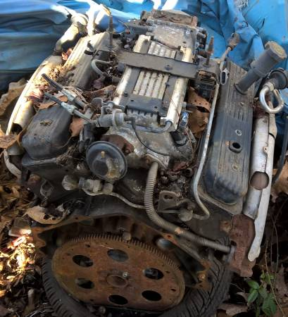 Photo LT1 ENGINE - $500 (Water Valley)
