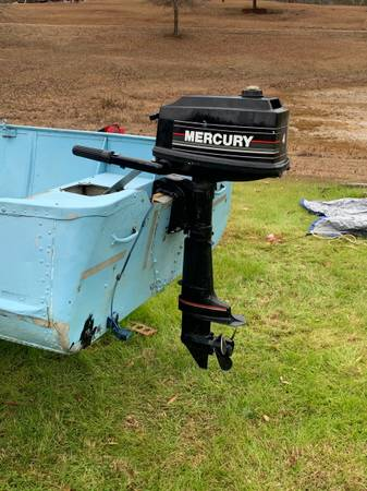 Photo Mercury Outboard - $350 (Booneville)