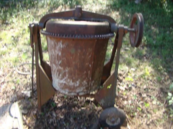 Photo Old Heavy Duty Concrete Mixer - $275 (Pickens)