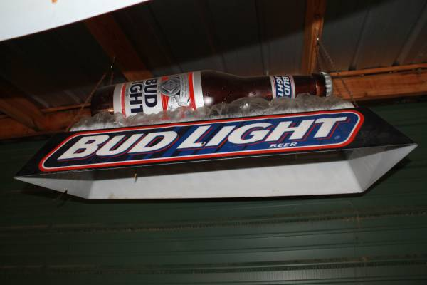 Photo Pool Table Lights Bud Light Budweiser - $125 (Columbus)
