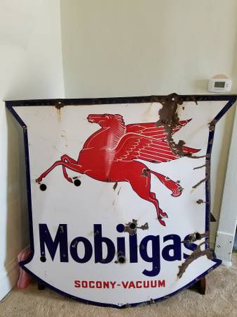 Photo 1938 Mobilgas Pegasus Neon Porcelain Mobil Sign - $1300 (Superior)