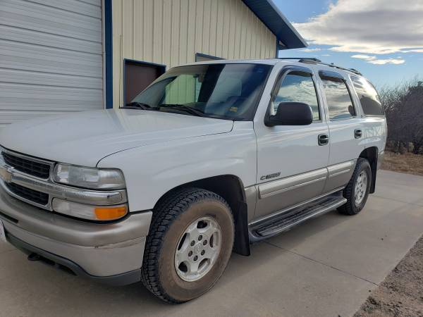 Photo 2000 Chevy Tahoe - $3000 (Ogallala)