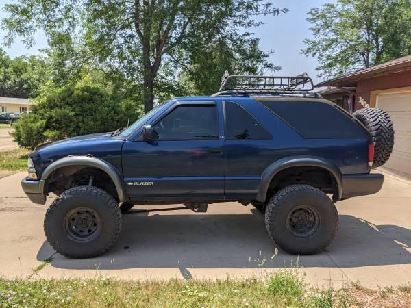 Photo 2000 Chevy ZR2 Blazer - $3,500