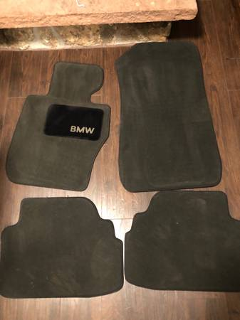 Photo BMW e90 e92 black floor mats - $50 (Fort Collins)