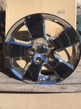 Photo Dodge chrome replacement wheel simulators - $40 (NoCo)