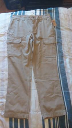 Photo Duluth Trading Co. Cargo Pants - $50 (Ft. Collins)