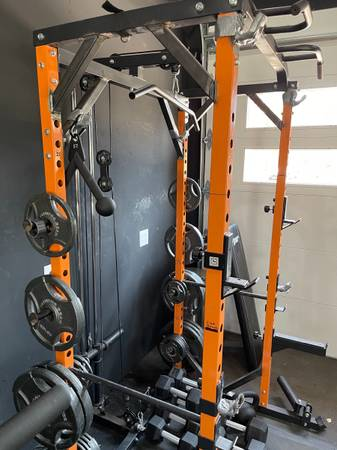 Photo GYM power rack CAGE - $475 (Fort Collins)