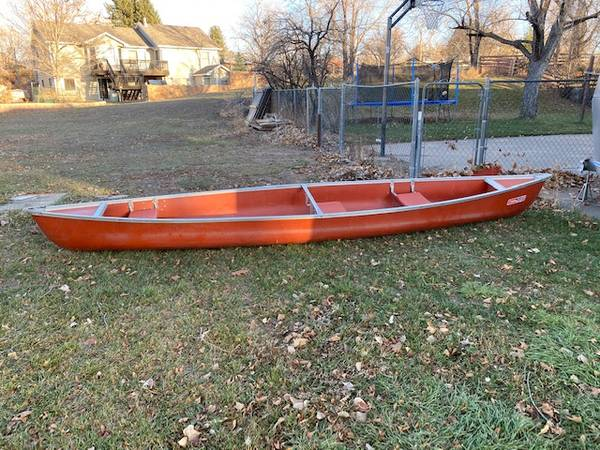 Photo LARGE COLEMAN CANOE - $195 (Fort Collins)