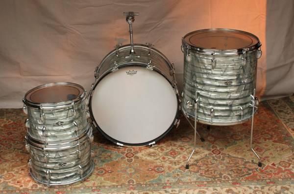 Photo Slingerland, 4-Pcs Drum set - $975 (drake)