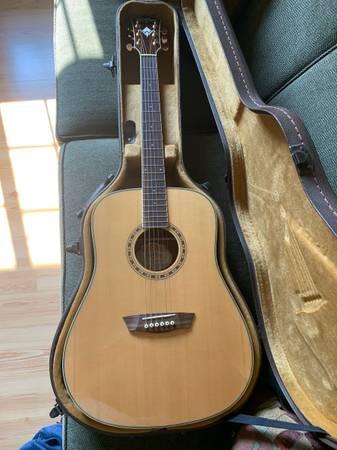 Photo Washburn acoustic guitar - $300 (Maxwell, Ne.)