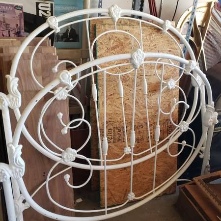 Photo White painted cast iron full bedframe - $100 (Fort Collins)