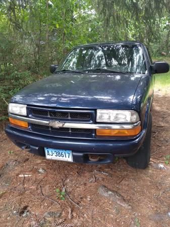Photo 04 Chevy S10 Blazer - $950 (Thomaston)