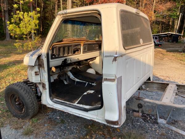 Photo 1973-1979 Ford Truck quotCAB ONLYquot 100 RotRust FREE - $2,499 (Torrington)