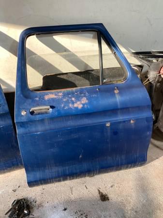 Photo 1973-1979 Ford truckBronco quotDOORSquot Rust Free - $475 (Torrington)
