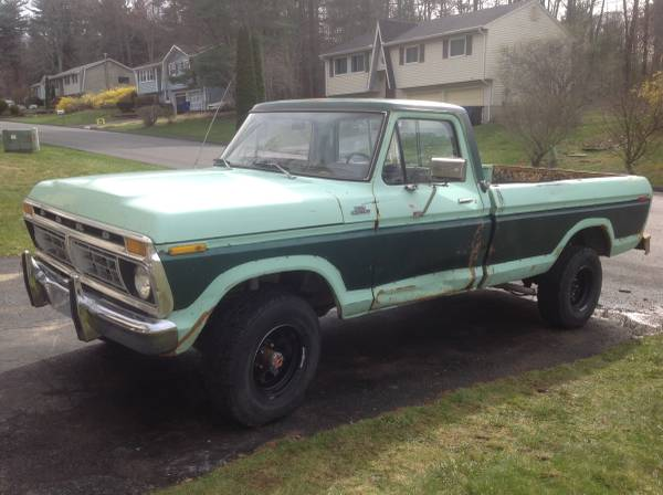 Photo 1977 Ford F-150 4x4 351m 4bbl edlebrk intake 4 spd - $4850 (Torrington)