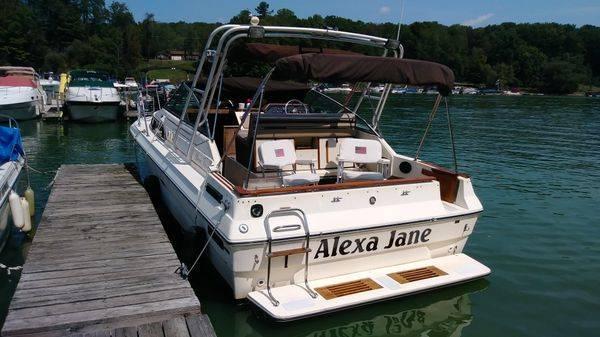 Photo 1984 Sea Ray 270 - $12,900 (Mahopac)