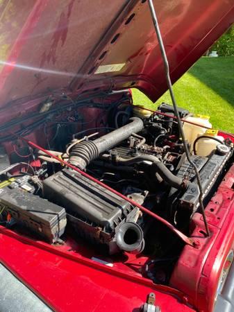 Photo 1998 Jeep Wrangler - $3000 (New Hartford)