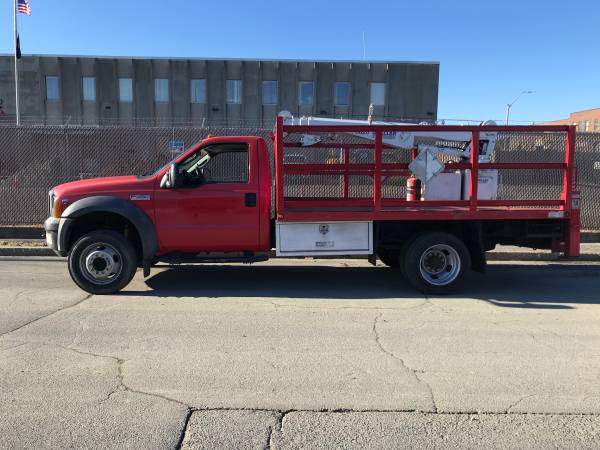 Photo 2005 Ford F450 4WD Flatbed With Crane - $15,000 (Somerville)