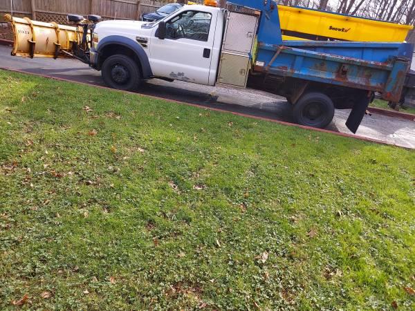 Photo 2010 Ford F550 dump plow truck - $15,000 (Meriden)