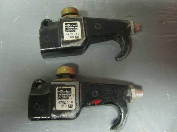 Photo 28 FEET AIR LINE AND NOZZLES - $10 (OAKVILLE,CT)