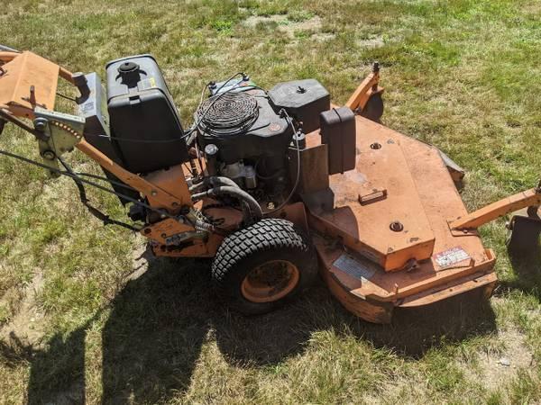 Photo 61quot Scag Commercial Walk-Behind Zero-Turn mower - $1,699 (Thomaston CT)