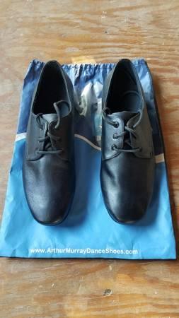 Photo Arthur Murray Practice Dance Shoes - $40 (Cheshire)