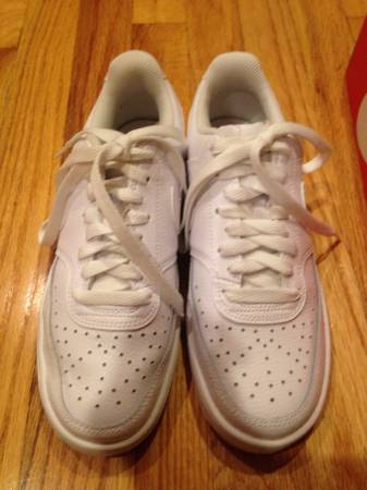 Photo Brand new-Size 7 Womens Nike Court Vision Low - $65 (Wallkill)