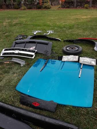 Photo Chevy Z24 cavalier rims and tires parts - $1 (Northfield)
