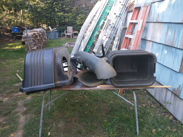 Photo Craftsman 3 Bin Leave and Grass Bagger - $200 (milford)