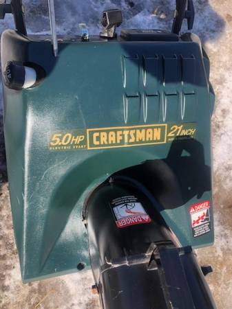 Photo Craftsman Snowblower - $200 (Barkhamsted,)