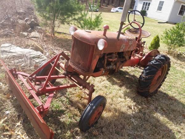 Photo Farmall cub Wsnow plow - $1,300 (Bethlehem CT)