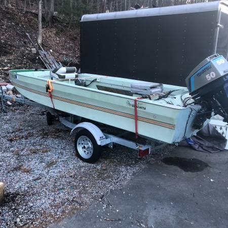 Photo Ouachita tri-hull - $3,400 (New Hartford)