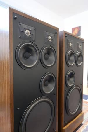 Photo Polk SDA 2 Vintage Speakers - $500 (New Milford)