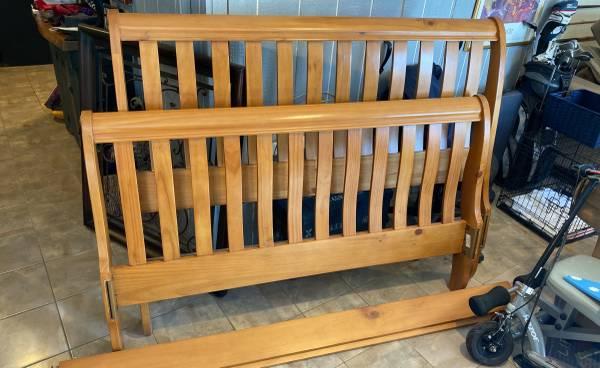 Photo Queen Sleigh Bed Frame - $150 (Litchfield)