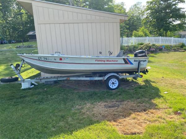 Photo Sea Nymph Fishing Machine Bass Boat - $2,800 (Sherman)