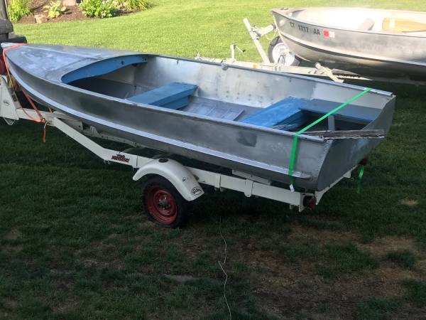 Photo Vintage 1958 1439 Crestliner Aluminum Utility Row Boat - $500 (New Milford)