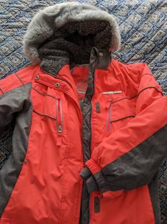 Photo Zero exposure girls winter coat - $7 (Kent)