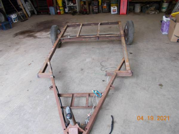 Photo small trailer frame 6x5 with tongue - $200 (Woodbury)