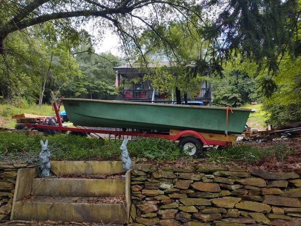 Photo 14 ft Fiberglass Jon Boat - $500 (Jasper)