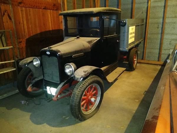 Photo 1929 International Dump Truck - $17,995