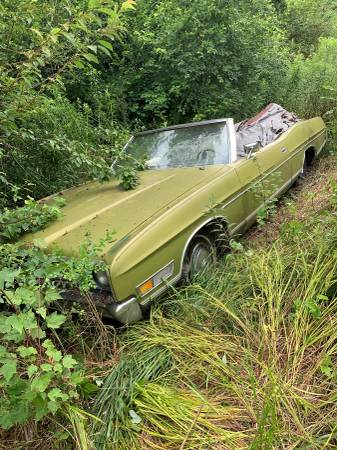 Photo 1972 Ford LTD Convertible - $1,600 (Cleveland, Tennessee)