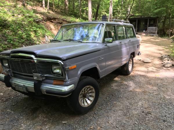 Photo 1985 Jeep grand Wagoneer 4 x 4 - $2,800 (Ellijay)