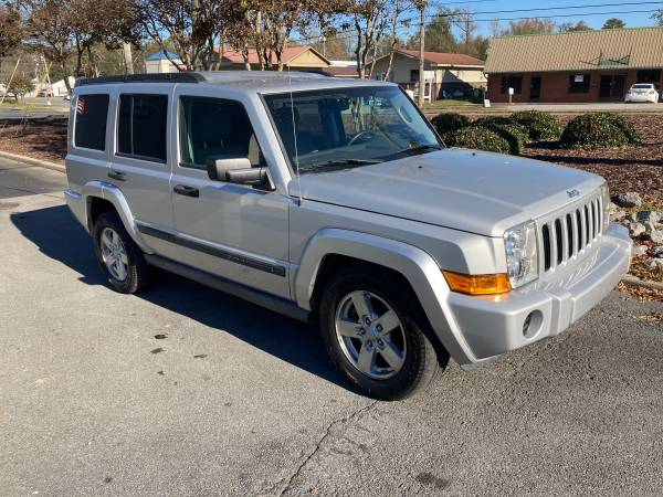 Photo 2006 Jeep commander - $3,800 (Calhoun)