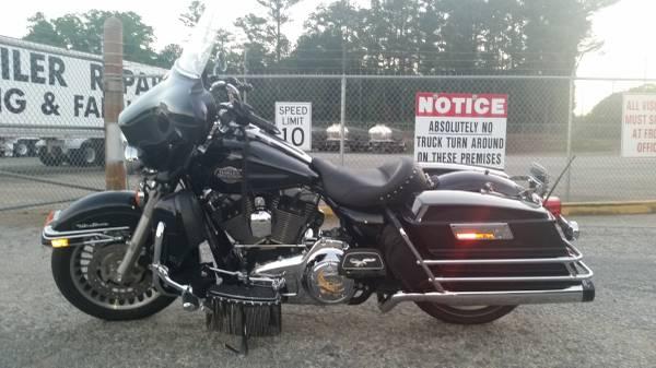 Photo 2010 Harley Davidson Ultra Classic - $9,000 (Adairsville)