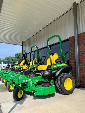 Photo 2020 JOHN DEERE Z915E 54quot Zero Turn Lawn Mower - $7,499 (Rome)