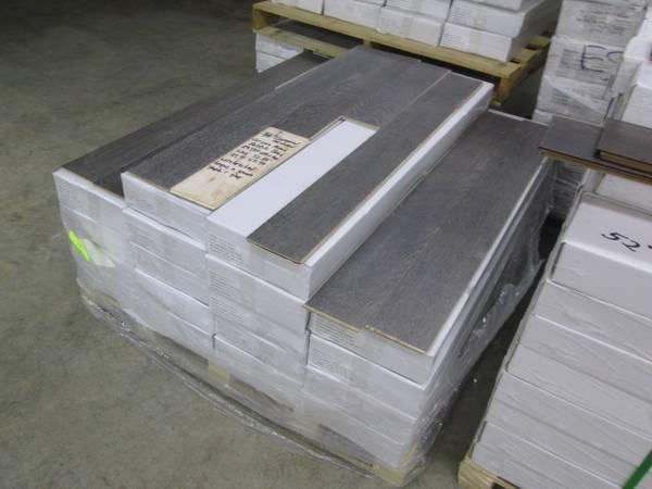 Photo 38 Engineered Hardwood Flooring Staple or Glue 1.49 - $1 (DALTON)