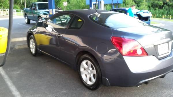 Photo 3909 Nissan Altima Sports Coupe - $3,000 (JASPER)