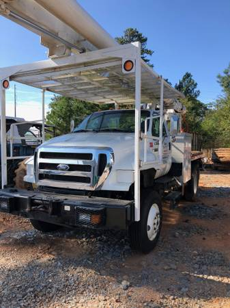 Photo 4x4 forestry Bucket Trucks - $30,000 (Cedartown)