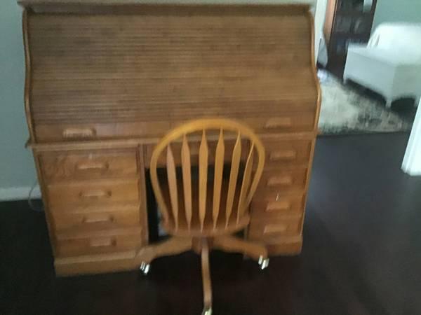 Photo All wood roll top desk - $399 (Ellijay)